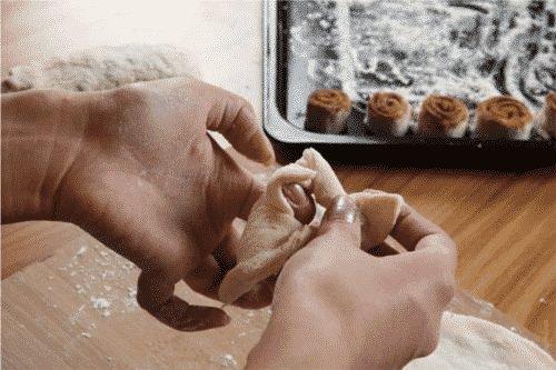 Traiteur est un artisan qui est manuelle et à son propre compte