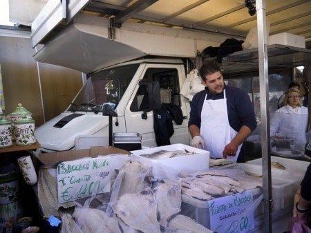 La morue salée vendue au marché