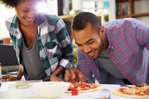 Cuisiner de chez soi c'est possible sous certaines conditions et donc développer une activité professionnelle chez soi